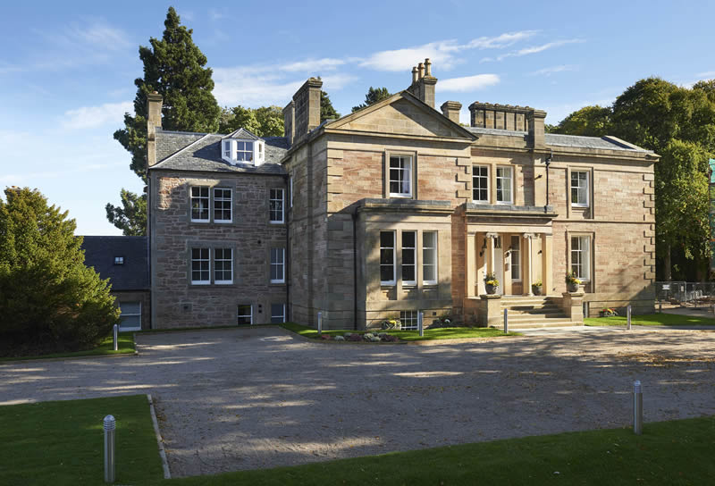 Hedgefield House